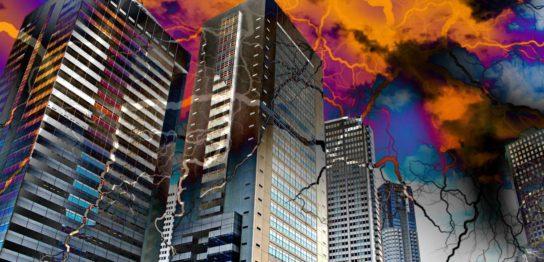 不気味な暗雲とひび割れる高層ビル群